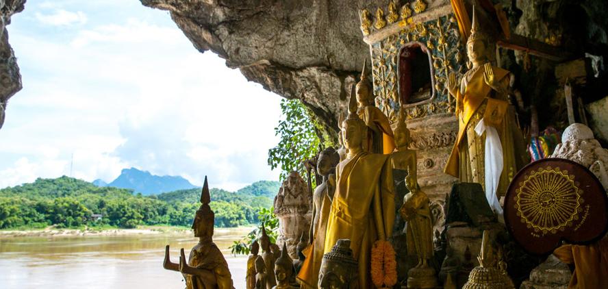 Kết quả hình ảnh cho caves of Pak Ou